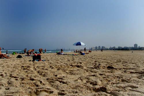 De fapt e goala plaja