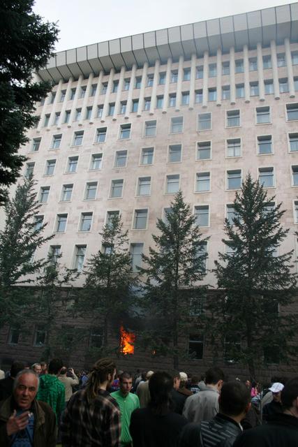 Spot the rasta - revolutie in Moldova si Chisinau