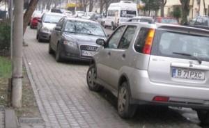 Masinile de pe trotuare