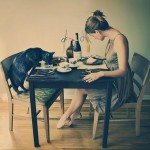 Experiment: pot oare mânca singur, în linişte?