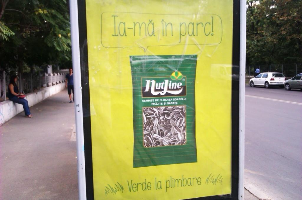 Spartul seminţelor, sport naţional... Precum aruncatul mucurilor de ţigări pe unde o fi...