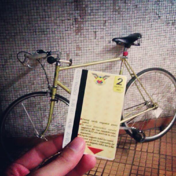 Lucruri pe care nu vrei să le auzi în timp ce eşti pe bicicletă...
