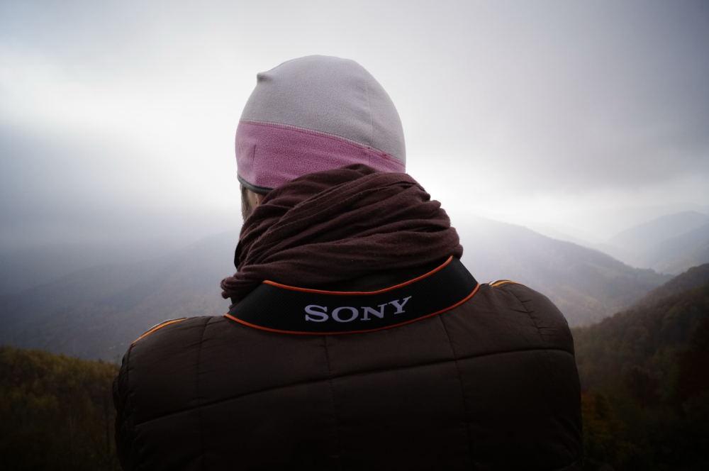 O zi prin munţi cu un aparat foto în mână