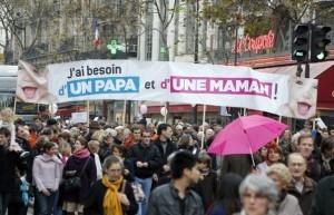 Se legalizează căsătoriile între persoanele de același sex în Franța