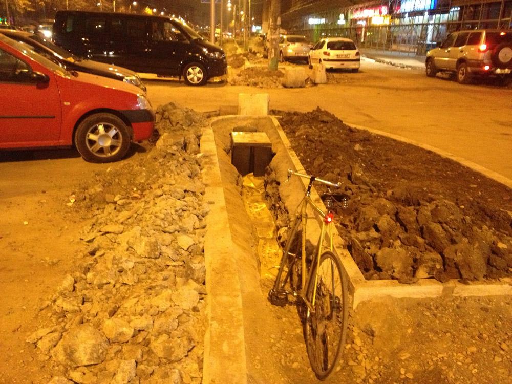 Piste de biciclete late de un metru - aici sunt banii dumneavoastră. Sau cum și-a bătut Sorin Oprescu joc de Șoseaua Pantelimon.