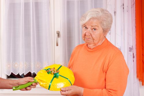 Bunica și un cadou previzibil