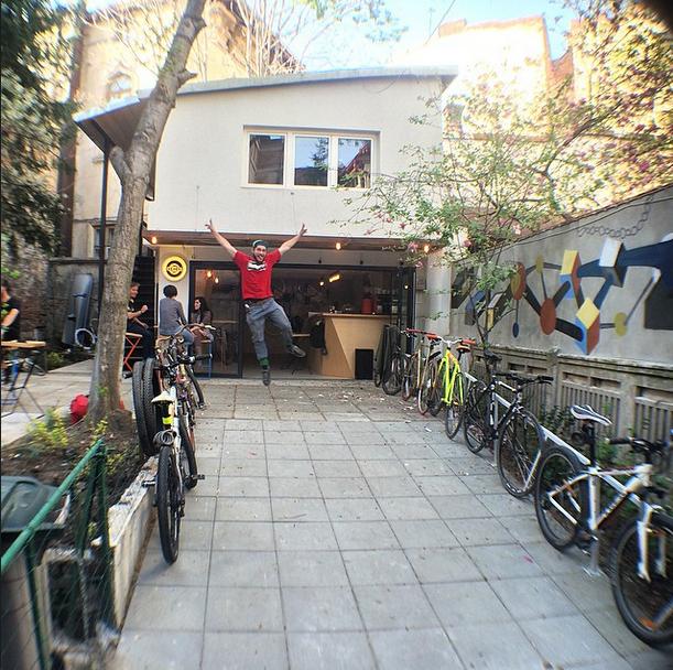 Vă zic sigur, 2015 este anul bicicletei în București...