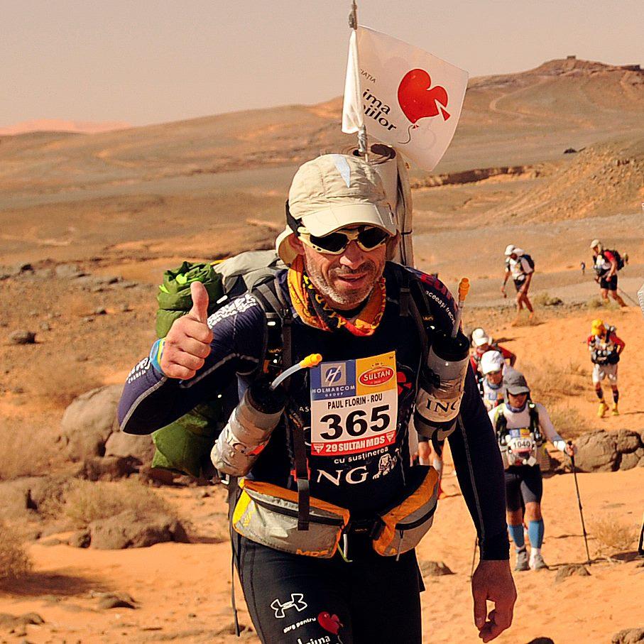 Am vorbit la telefon cu Paul, care aleargă prin Sahara...