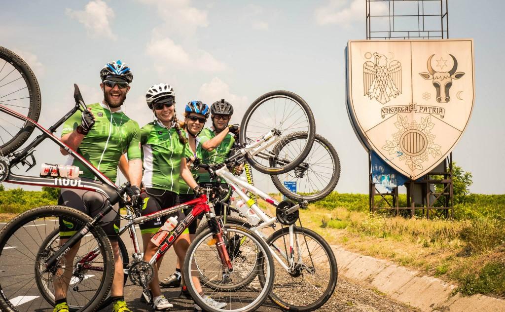 5 sfaturi pentru cei ce vor să plece la drum lung cu bicicleta