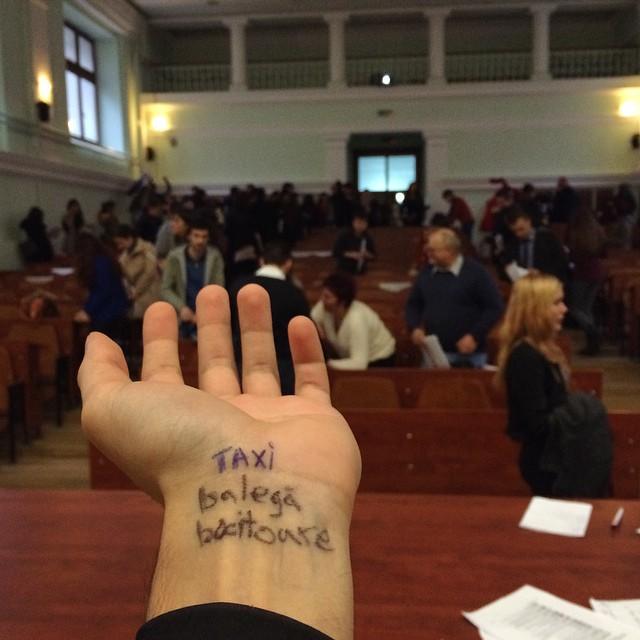 Cum am învățat să vorbesc în public
