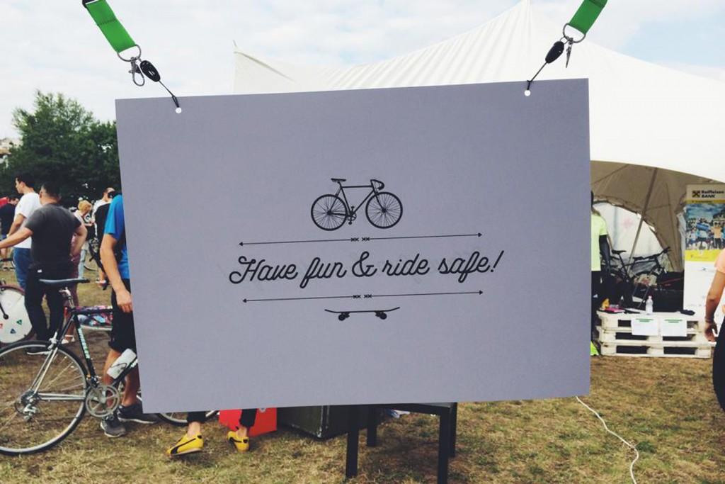 Câteva cu biciclete
