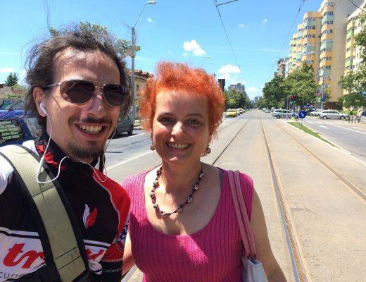 Eu și mama, 16 iunie 2016. Mama, care s-a panicat tare când am fost exmatriculat. Dar apoi a devenit cea mai mare susținătoare a mea. :)